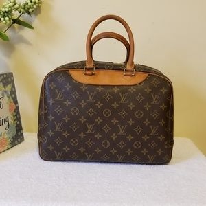 Louis Vuitton Bags - LV deauville aunthentic